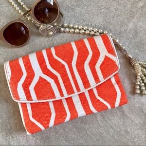 🆕NWT Geometric Orange & White Canvas Clutch